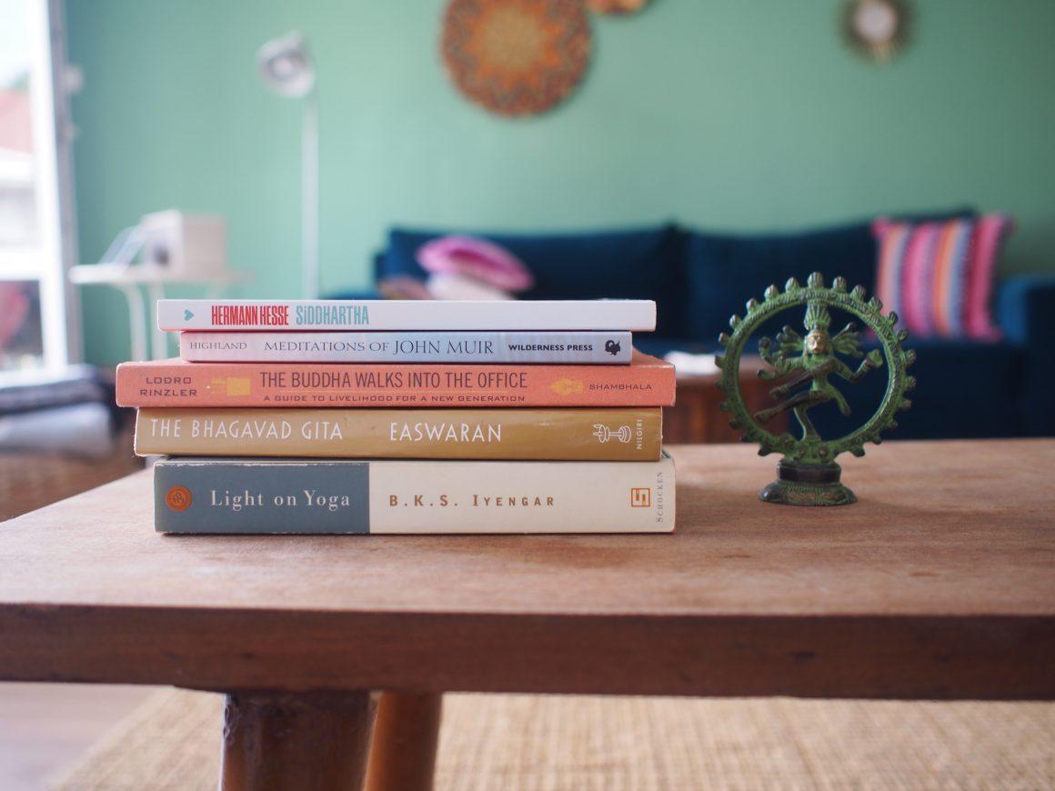 Yogilik Yolunda 5 Kitap